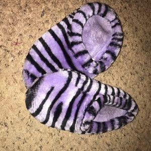 Shoes - Fuzzy Bathroom Slippers Purple Zebra Stripes Sz 8